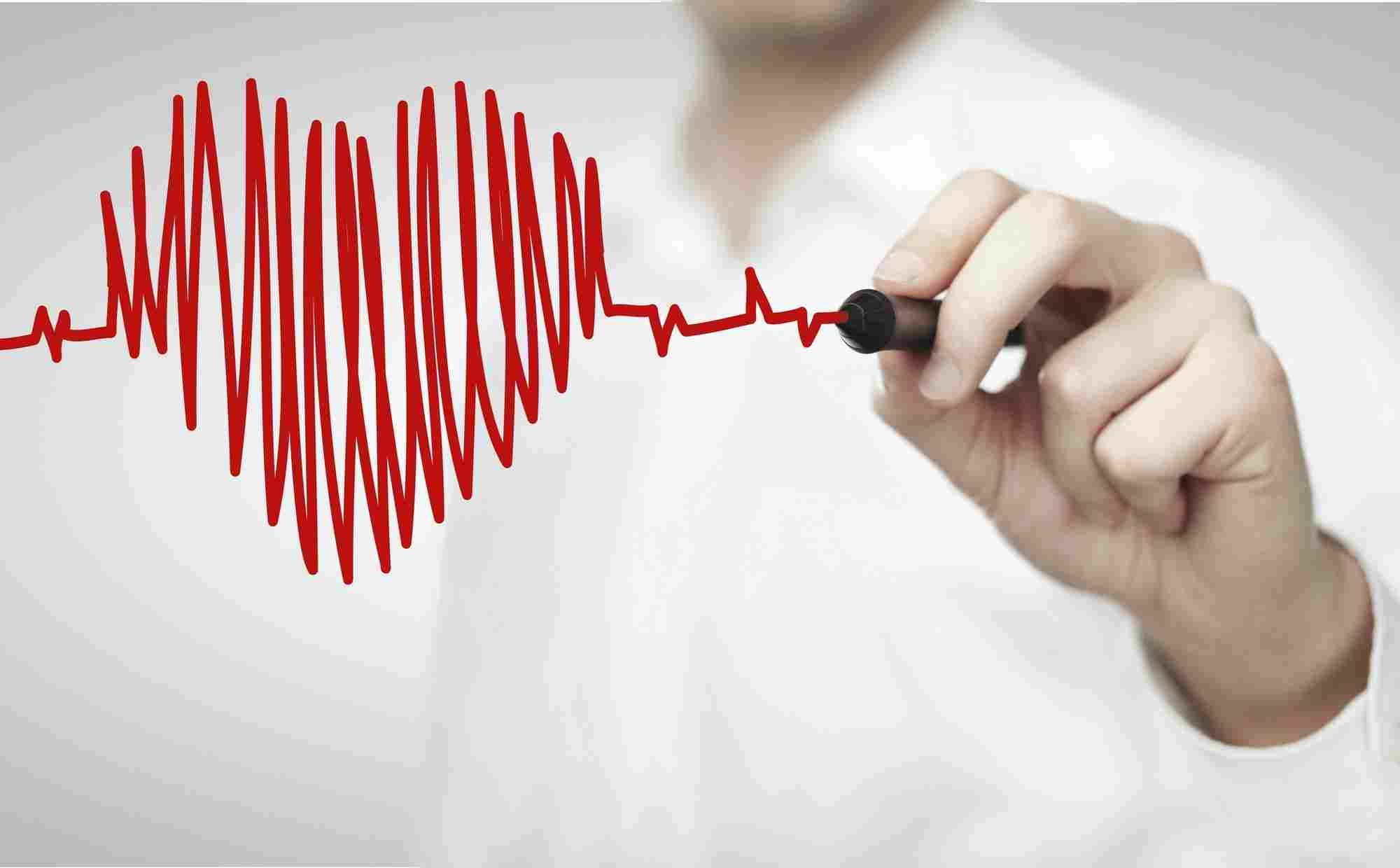 http://www.longevitychiro.com/wp-content/uploads/2015/12/heart-health-1.jpg